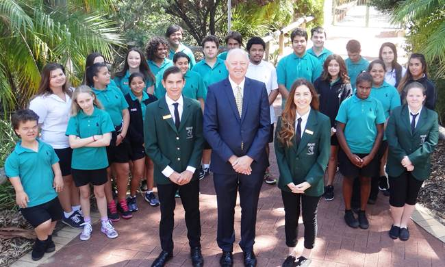 Commissioner Colin Pettit meets his 2016 Advisory Committee - Swan View Senior High School