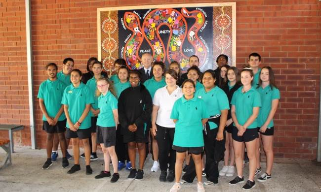 The Commissioner and the Swan View Advisory Committee in front of their mural